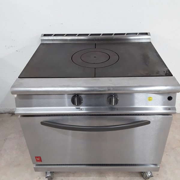 Gas solid top range cooker