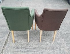 Green and brown Lounge chairs