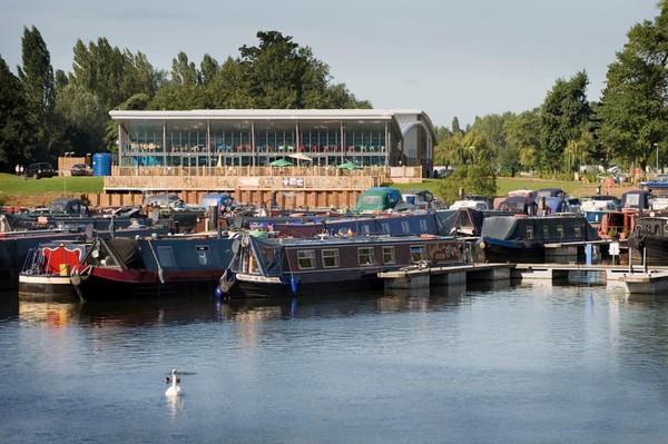 Dreamboat Narrowboat Northampton