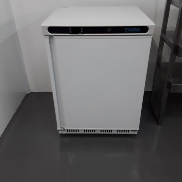 Polar CD610 Single Under Counter Fridge