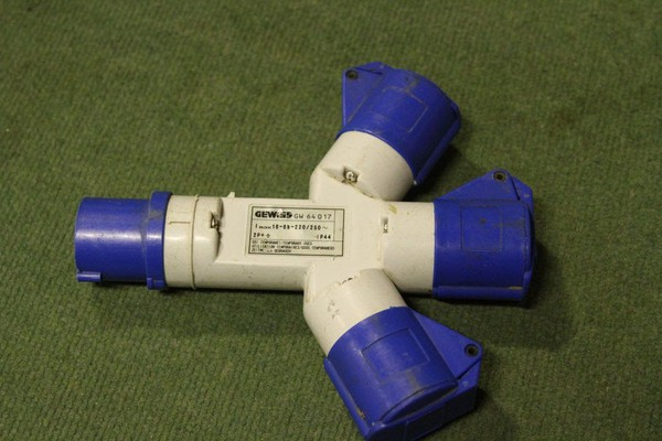 16a 240v Adaptor 1 in 3 Out By Gewiss For Sale