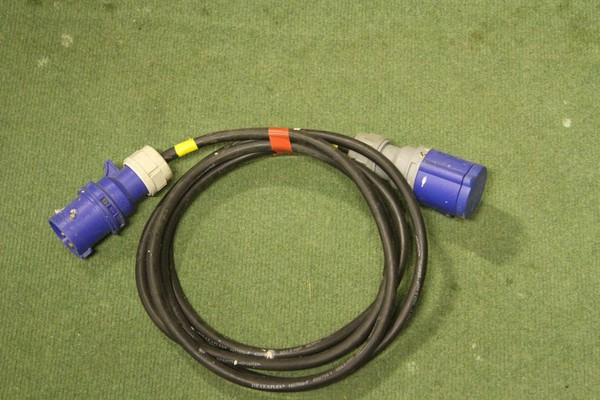 3m Extension lead HO7 16amp in x 16amp Out