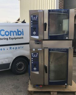 Stacked combi oven electric