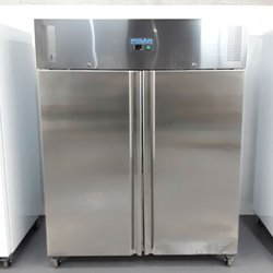 Commercial upright double door fridge