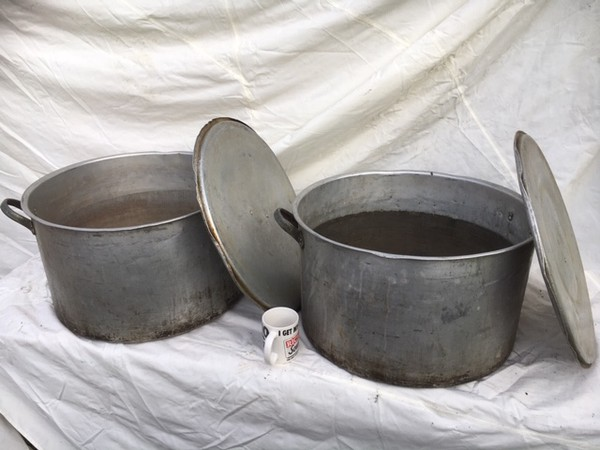 Large Aluminium Saucepans For Sale