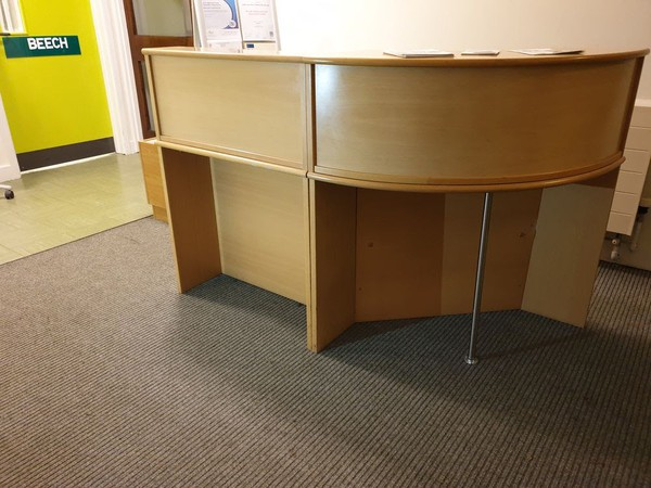 Reception Desk Maple -