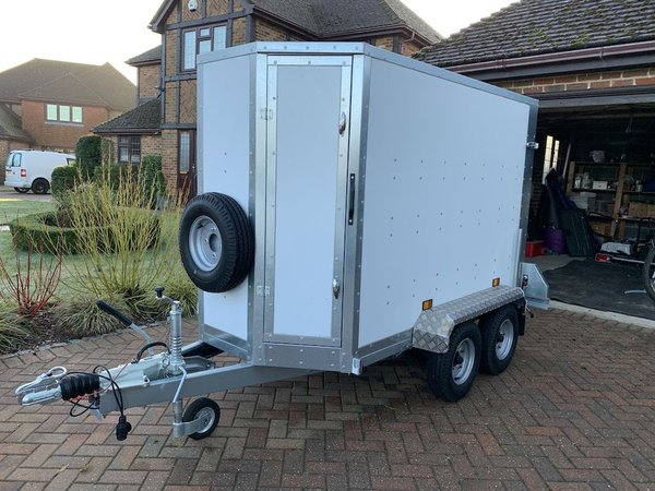 Tickner Box Van Trailer GB 1800kg Twin Axle Braked