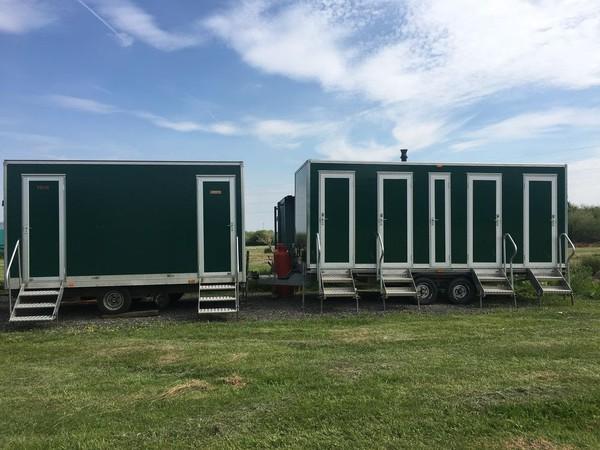 Gas 4 Bay shower trailer