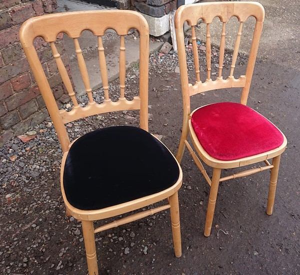 Natural Cheltenham Banqueting Chairs