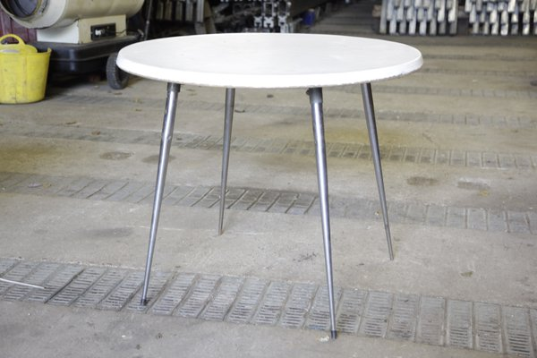 4Ft Round tables