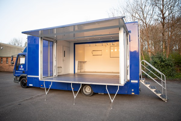 Mobile Unit Exhibition Stage Truck