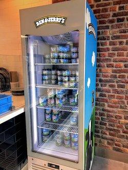 Upright Ice cream freezer