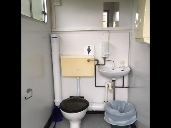 2 toilet blocks for sale