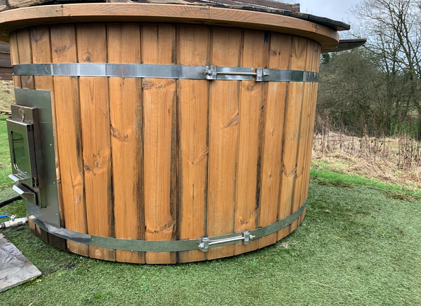 Secondhand Scandinavian Hot Tubs