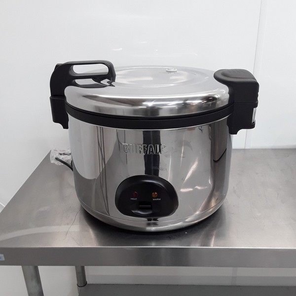 New B Grade Buffalo CK698 Rice Cooker 9L