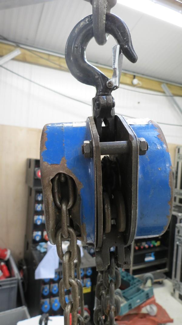used 500kg Hoists