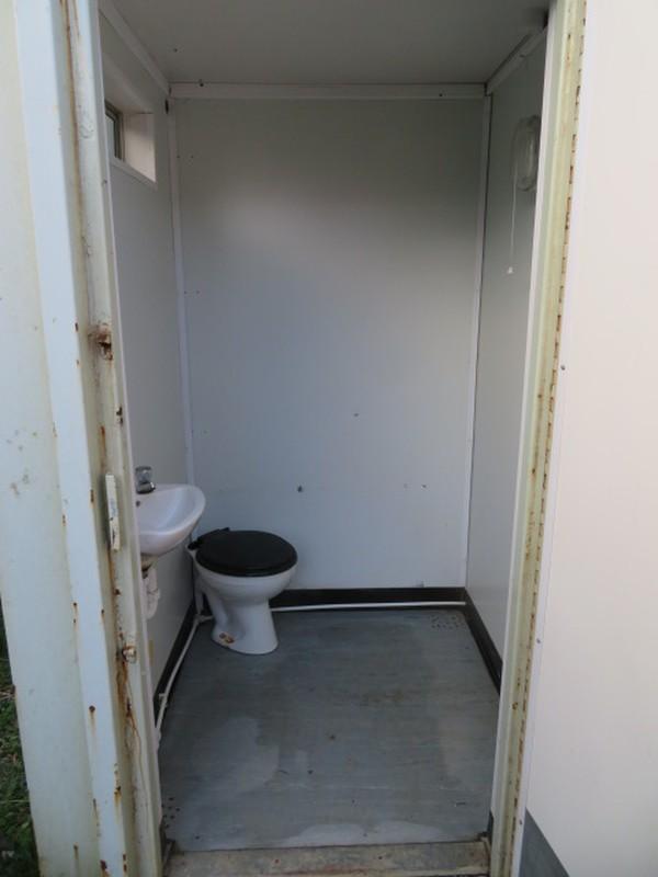 Anti vandal  21' x 9' container