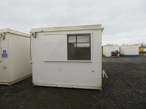 Secondhand cabin for sale