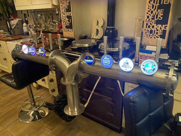 Used beer tower / taps