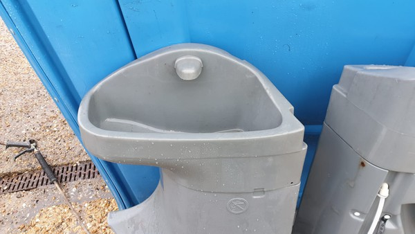 Portable Toilet Sinks for sale