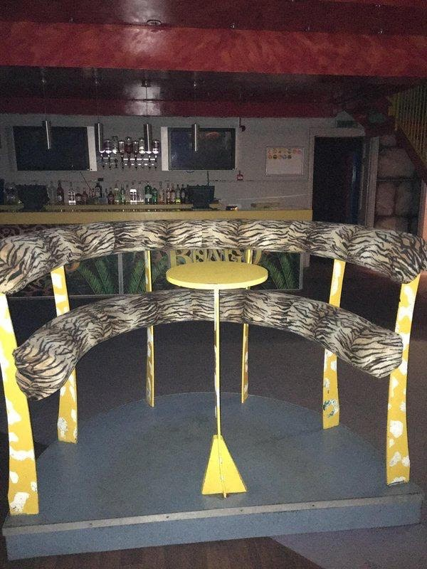 Padded Poseur Booths For Sale