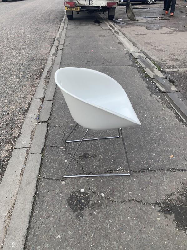 Gliss designer chairs