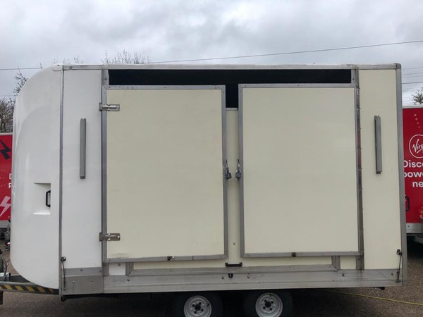 Show trailer doors roof closed