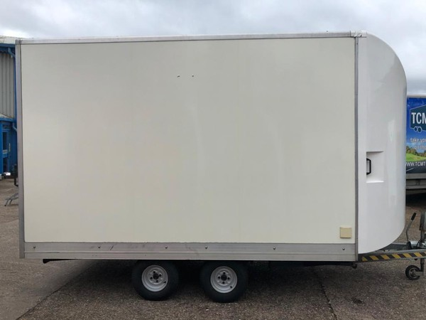 Twin axle box trailer - Exhibitions