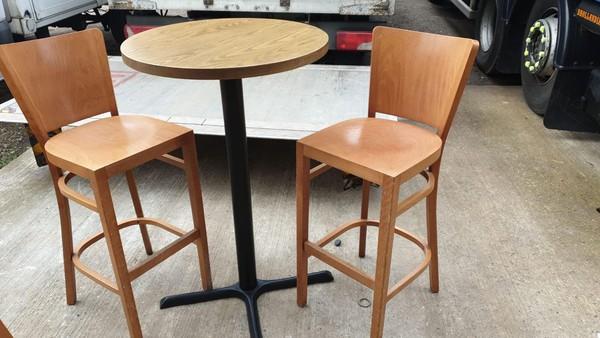 solid wood bar stools