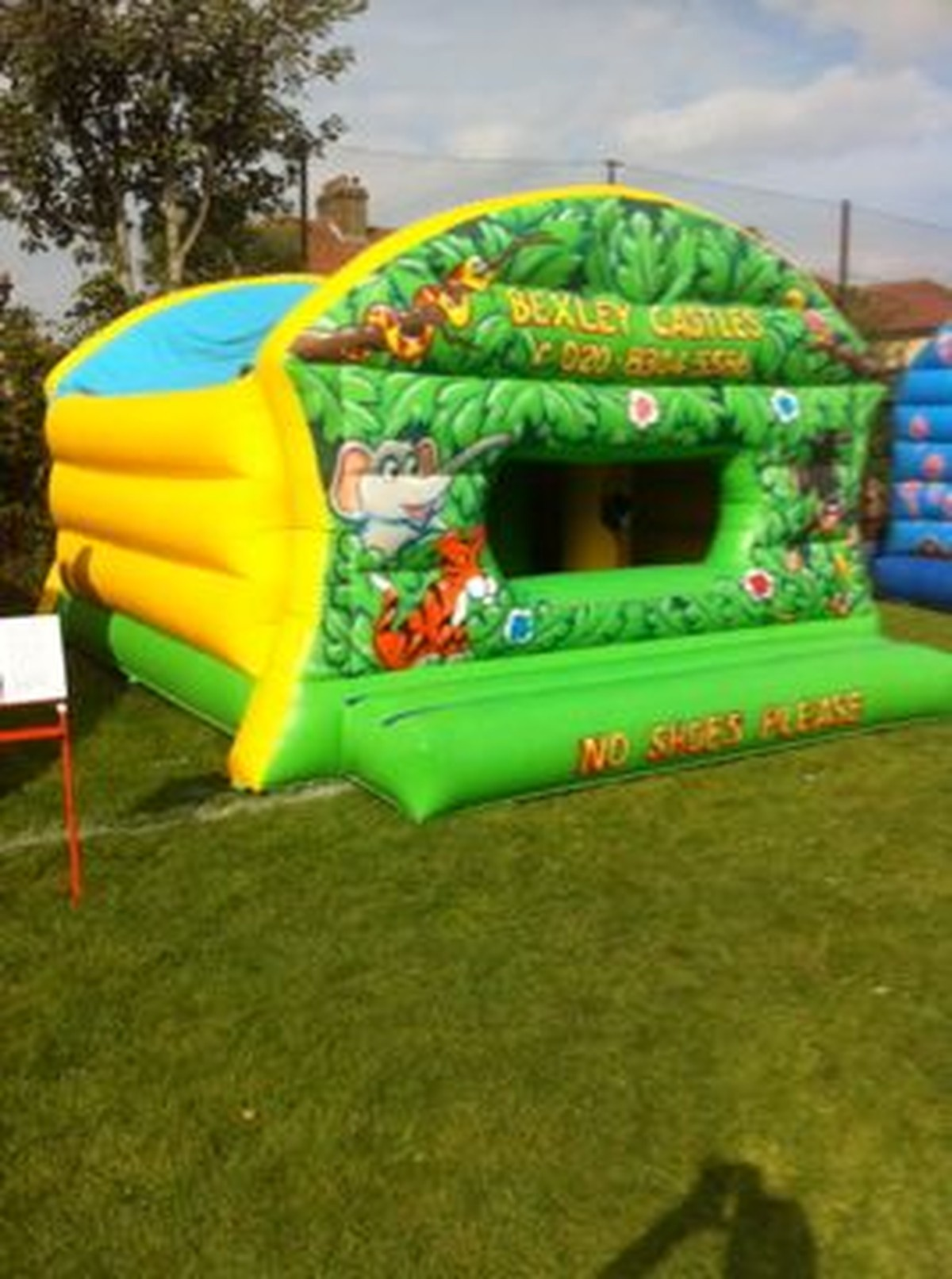 How to Set Up a Jumping Castle Business