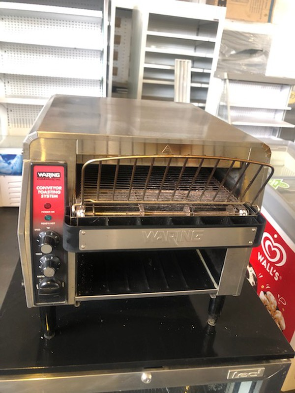 Waring CTS1000K Commercial Conveyor Toaster