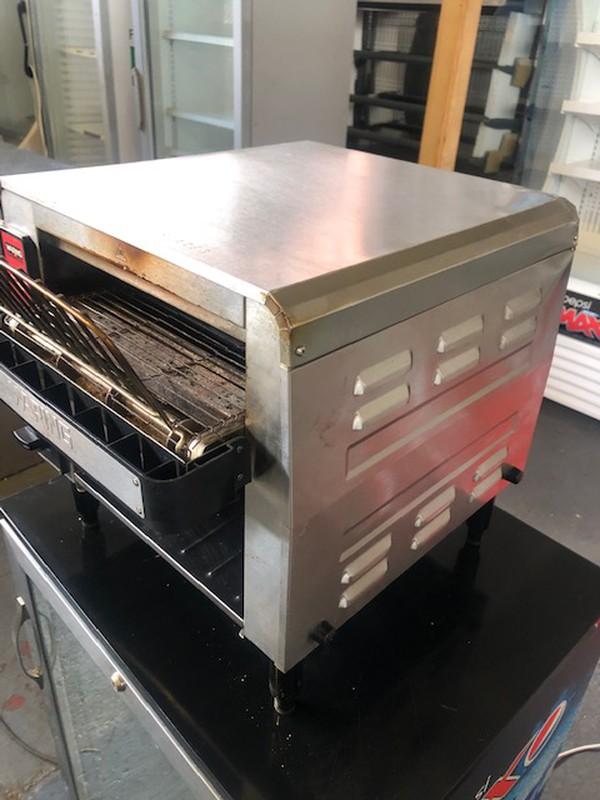 Waring CTS1000K Conveyor Toaster