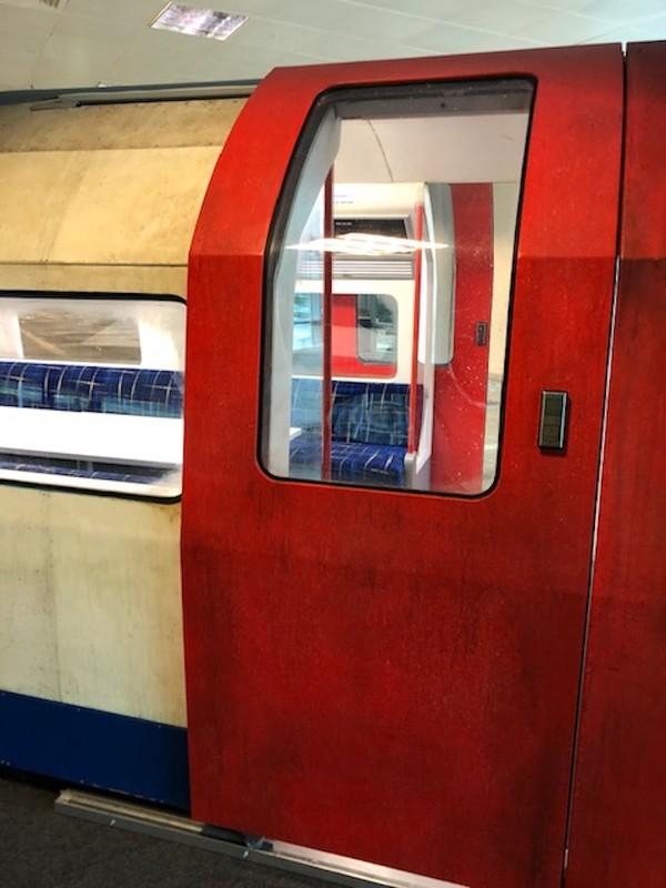 Replica London Underground Train Tube Carriage