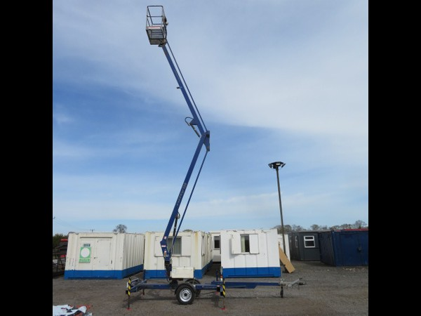 2005 Nifty Lift 120T Trailer Mounted Access Platform with Rotational boom