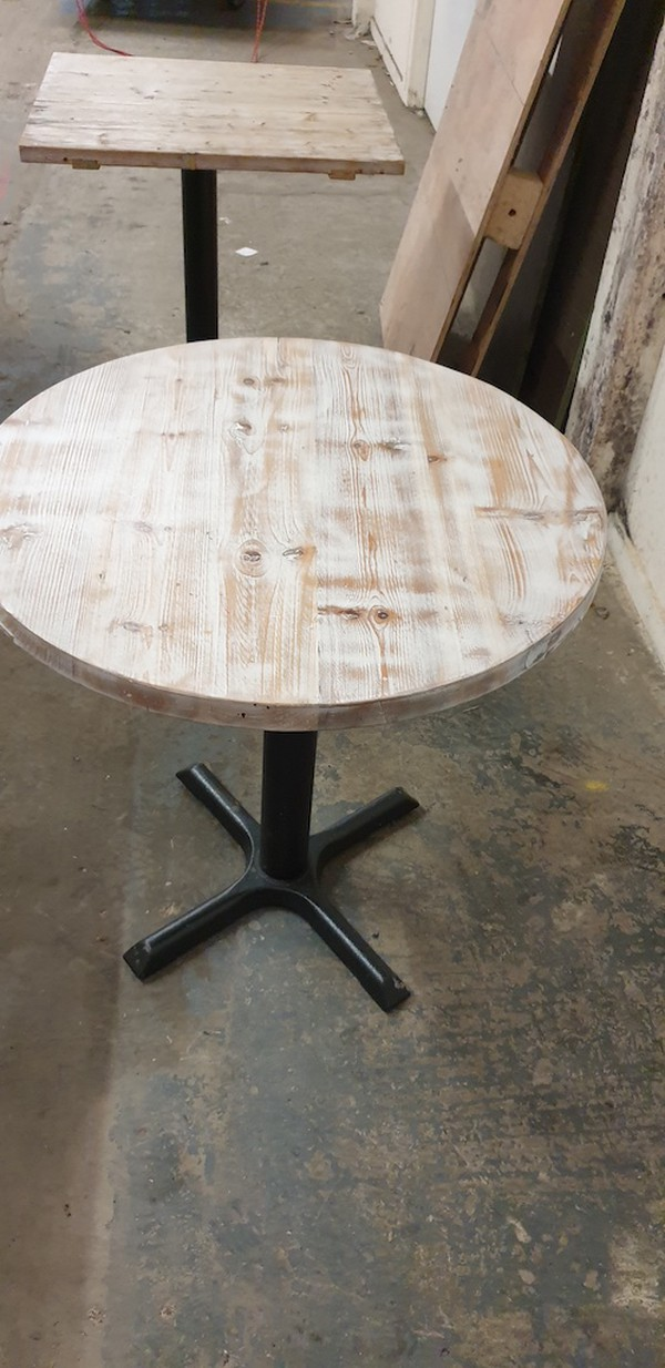 round Shabby Chic Tables