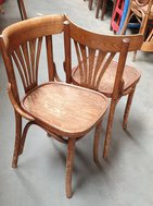 2nd hand wooden Fanback chairs