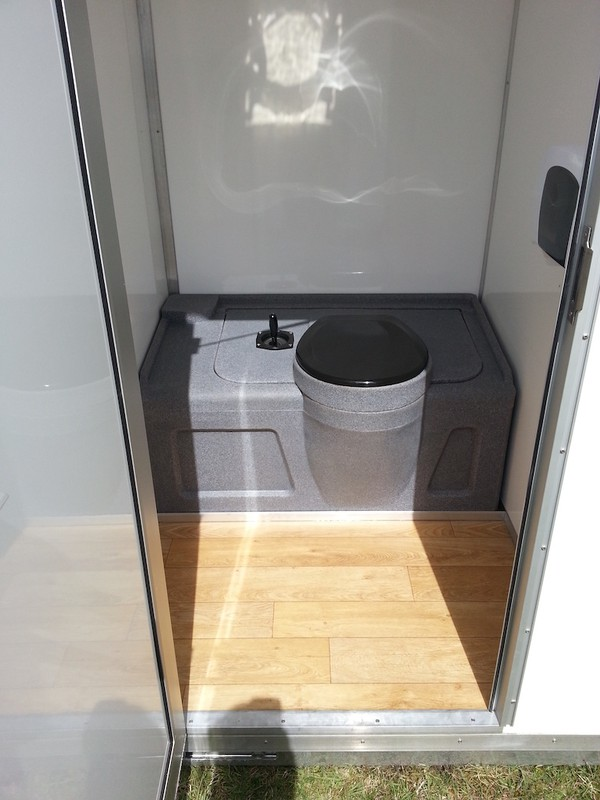 6 Bay Toilet Pod Unit