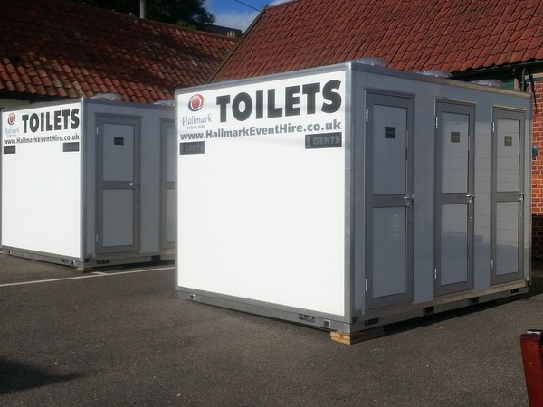 Used 6 Bay Toilet Pod