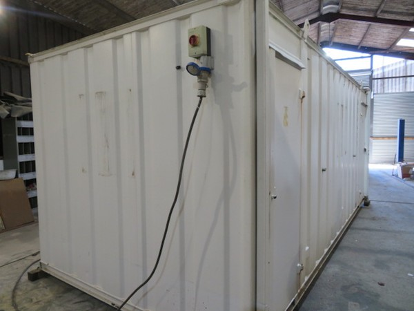 20' x 9' - 4 Female 1 Male anti vandal toilet block