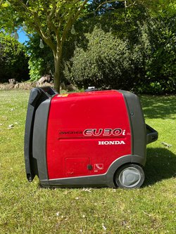 Honda Eu30i 3kva Inverter Portable Silent Generator - Petrol - Great Condition