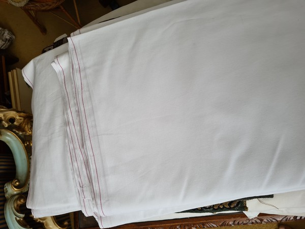 80 White cotton double bed sheets