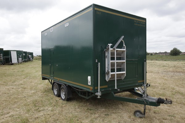 Used toilet trailer 2+1