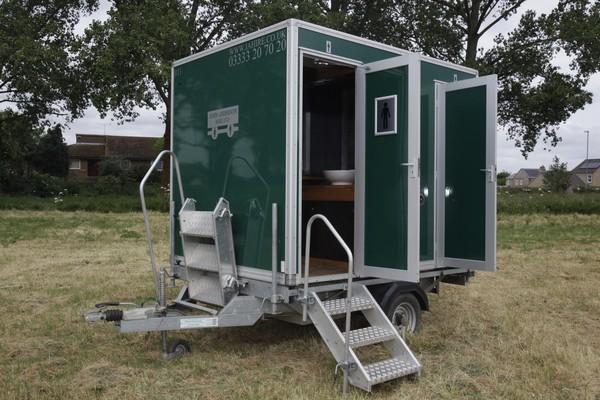 Green 1+1 toilet trailer