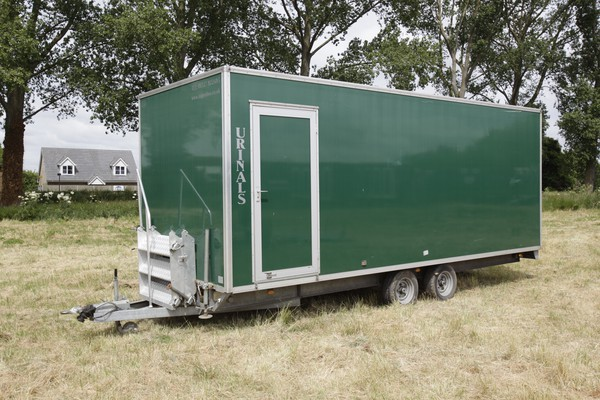 Gents multiple urinal trailer for sale