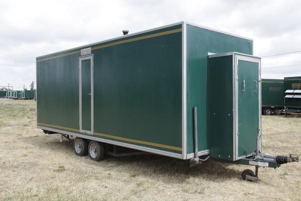 Green shower trailer