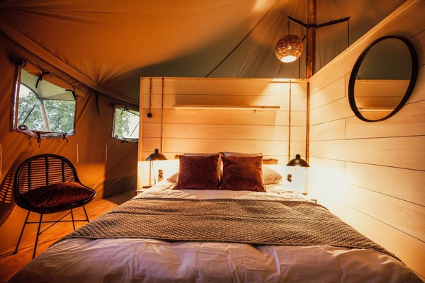 Glamping Lodge bedroom