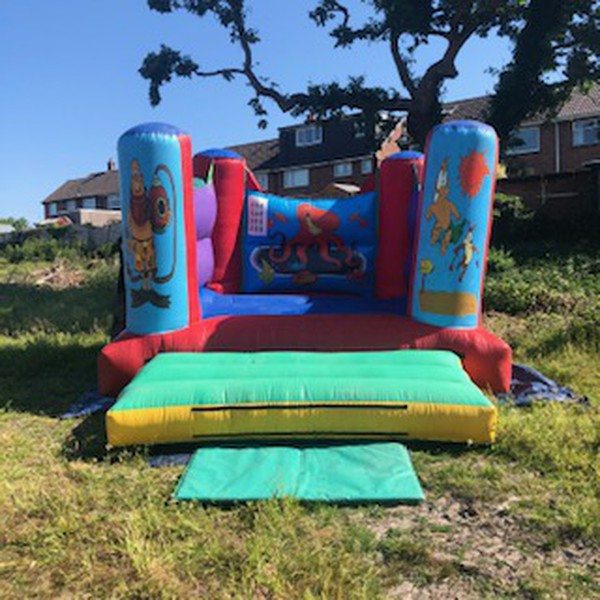 12ft x12ft bouncy castle for sale