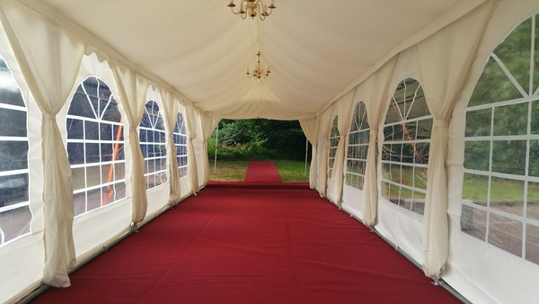 3m x 10m Framed marquee with lining