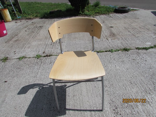 Plywood stacking cafe chair