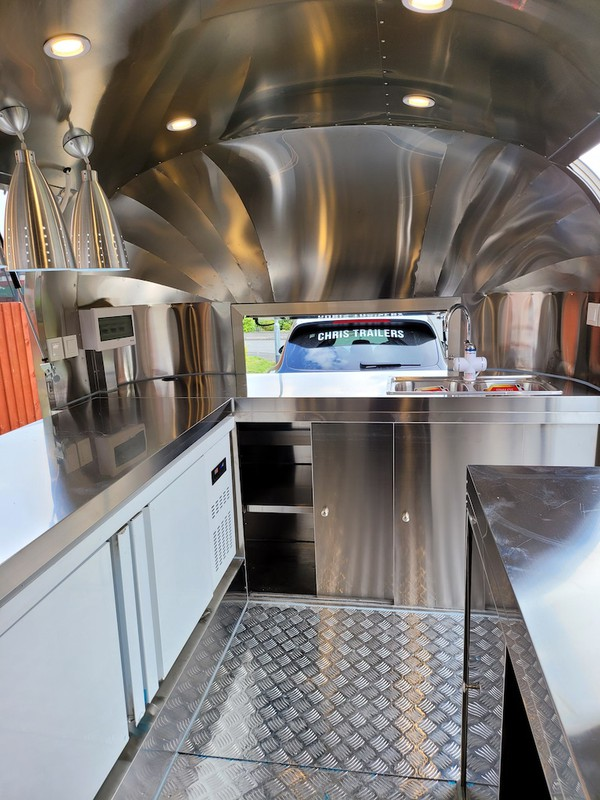 New Type Approved Airstream Mobile Catering Trailer Burger Pizza Bar Trailer Ready To Go 15